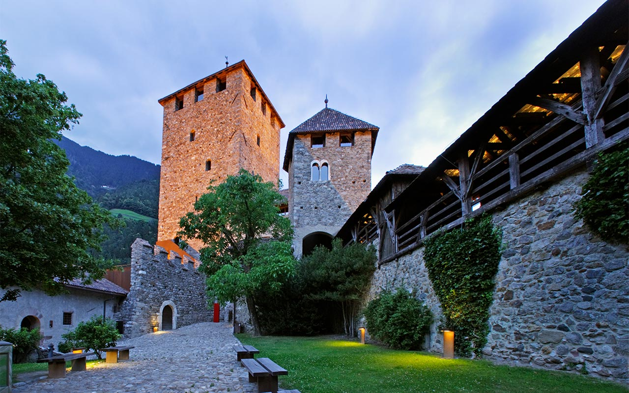 Tirolo castle in the night