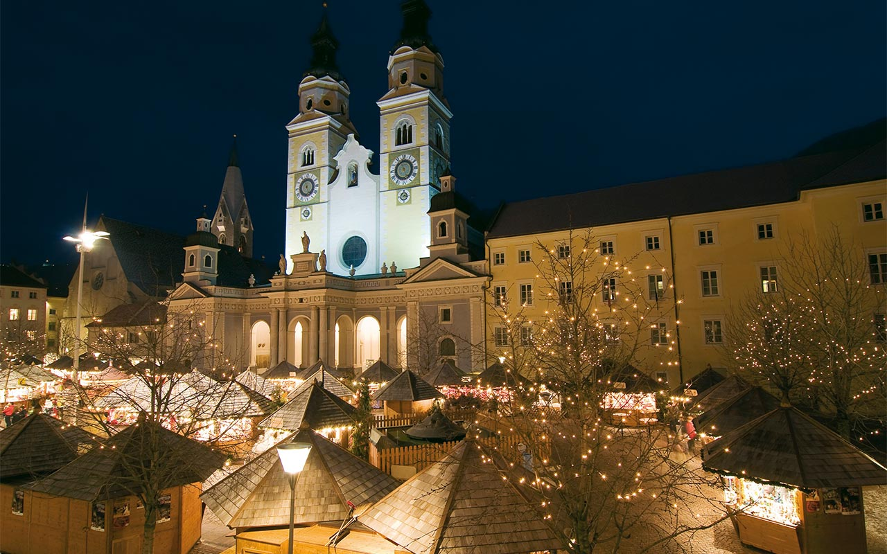 Christmas market in Bressanone - South Tyrol