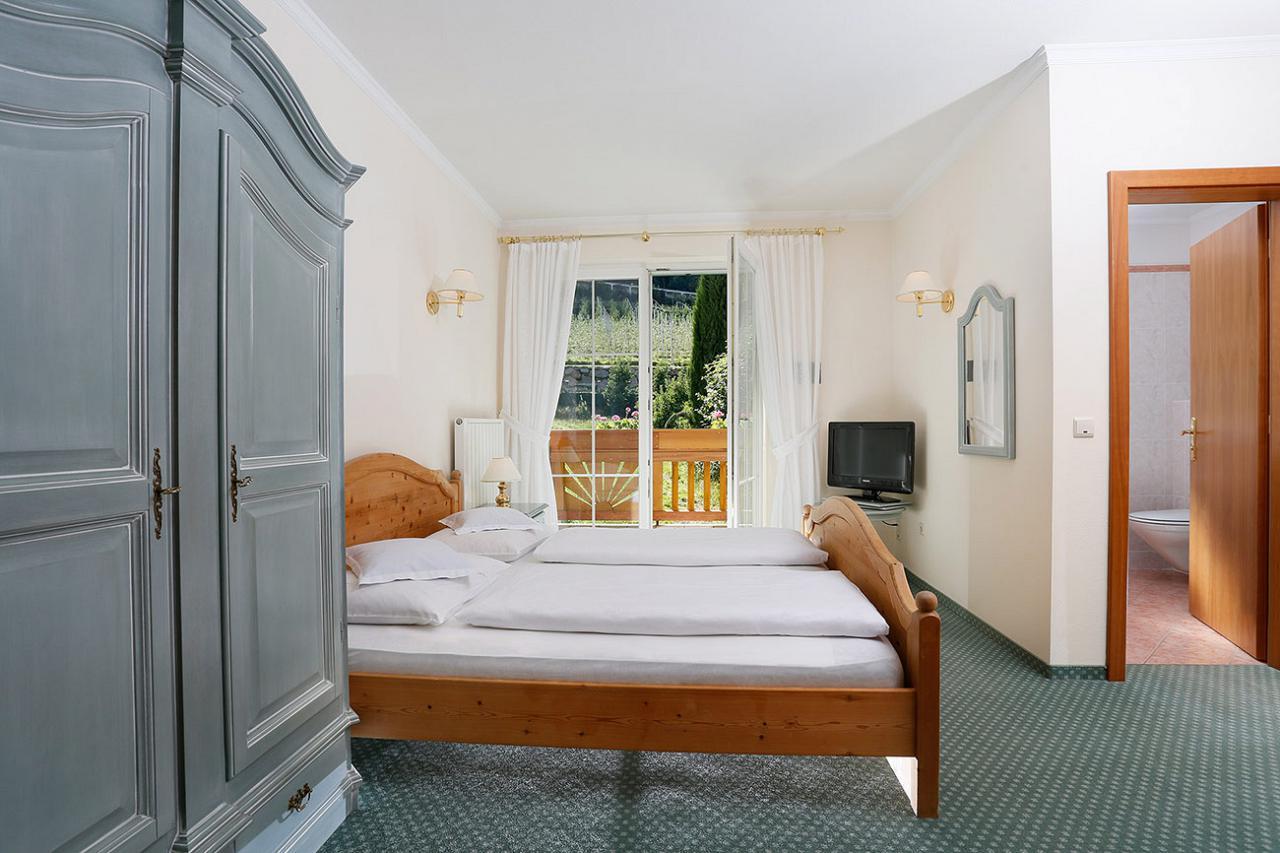 Hotel a Marlengo: Country Hotel Kristall vi aspetta